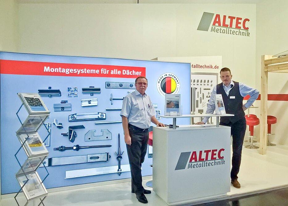 Detlef Penzel und Markus Stehle am Stand von Altec auf der Intersolar 2017