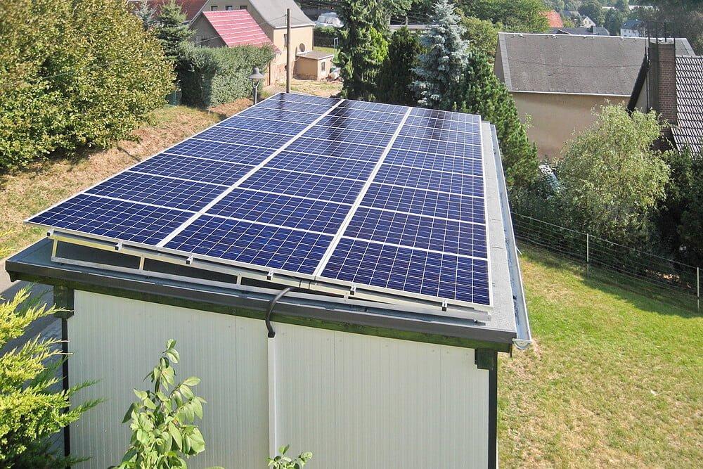 solar aufst nderung auf einem carport solar montagesysteme und blechbearbeitung altec. Black Bedroom Furniture Sets. Home Design Ideas